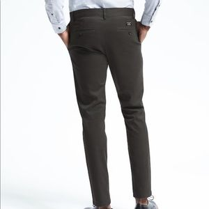 Men's slim fit Fulton chinos charcoal gray